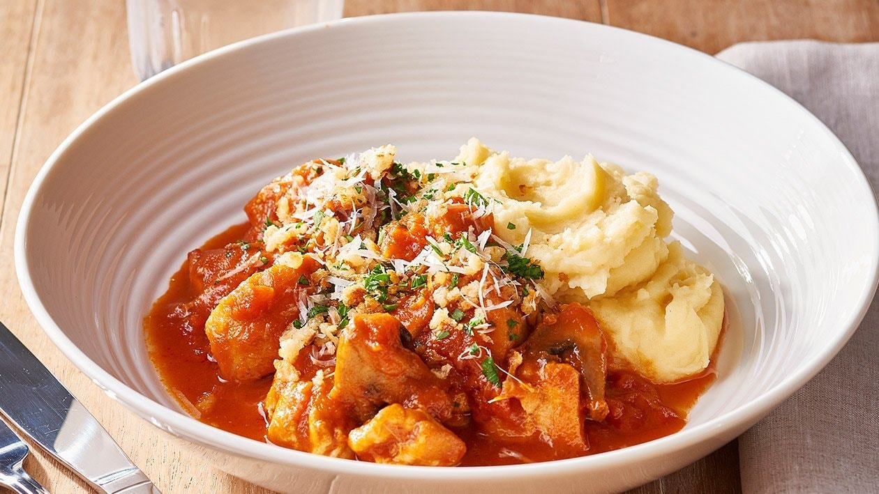Chicken Chasseur Hot Pot, Herb Crumble – Recipe