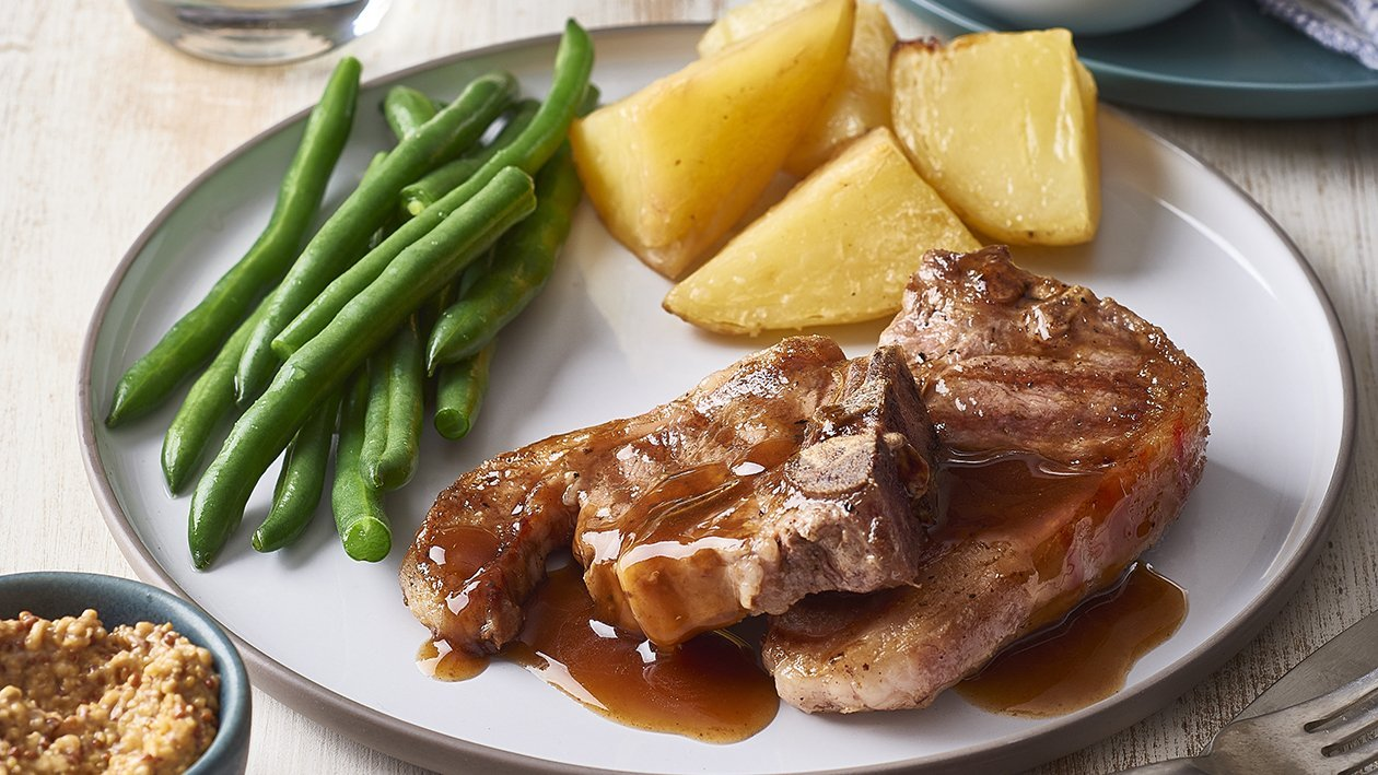 Lamb Loin Chops with Roast Potatoes and Cider Gravy – Recipe
