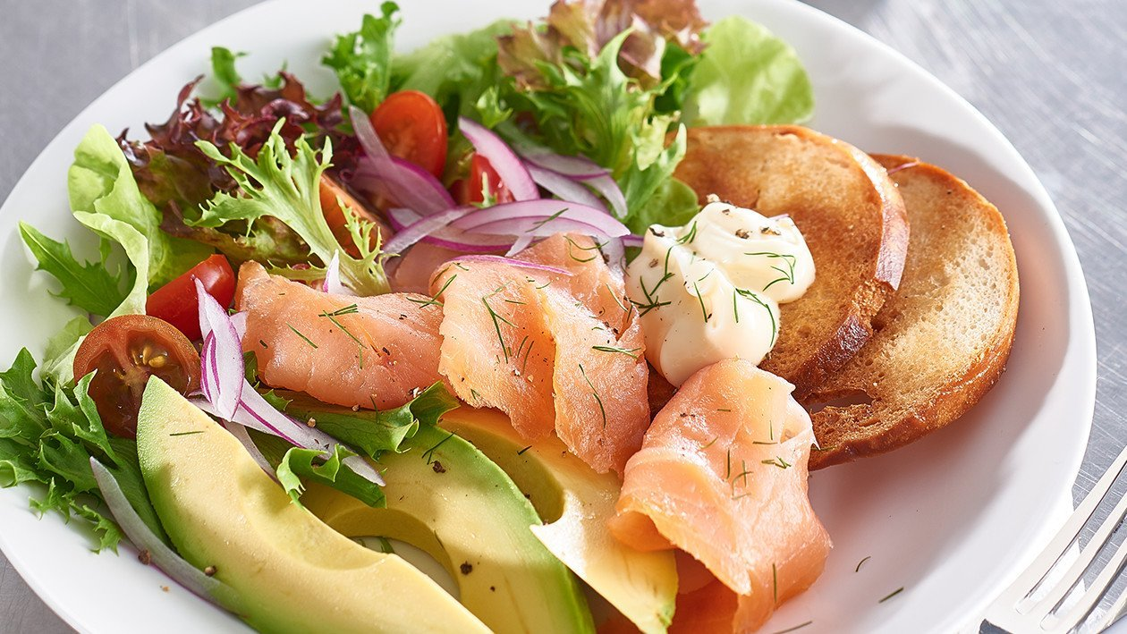 Smoked Salmon, Rocket and Avocado Salad – Recipe